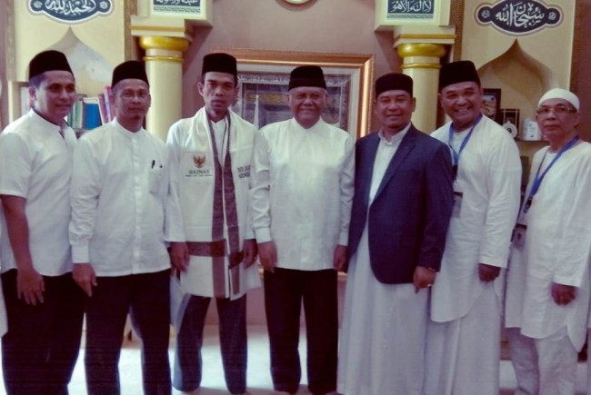 BAZNAS Appoints Ustaz Abdul Somad as the Zakat Ambassador of Indonesia