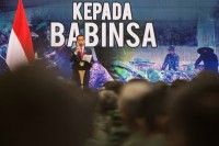 Jokowi Urges Babinsa to Maintain Neutrality