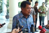 Jokowi's Running Mate Must Improve His Electability: Kalla