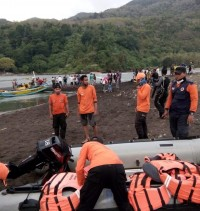 Two People Still Missing from Boat Sinking in Jember