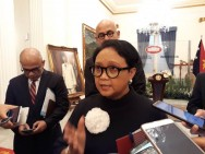 FM Retno to Attend ASEAN Meetings in Singapore