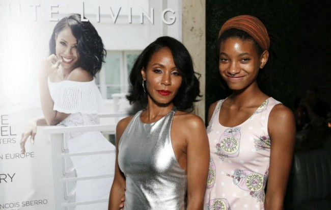 Jada Pinkett Smith dan Willow Smith Rekaman Lagu Baru