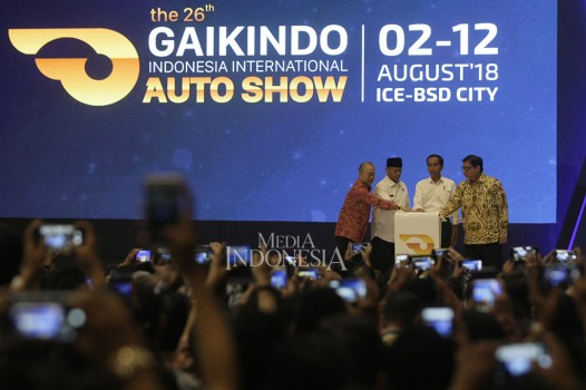 Jokowi Buka Pameran Otomotif GIIAS 2018