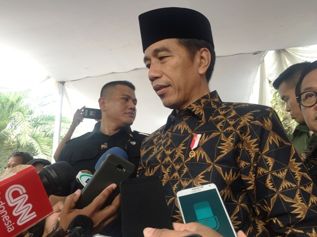 Jokowi Open to Adding PAN into His Coalition