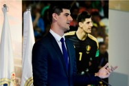 Courtois Ingin Rebut Posisi Navas di Real Madrid