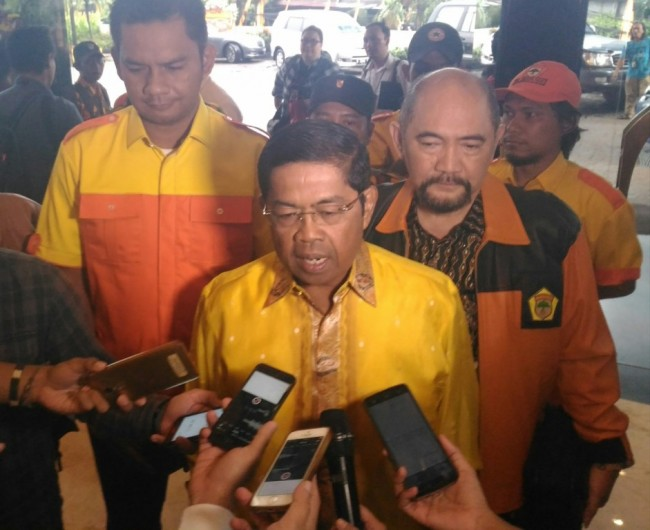 Idrus Steps Down from Golkar Party's Central Executive Board