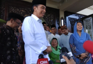 Jokowi Meets Gus Dur's Family