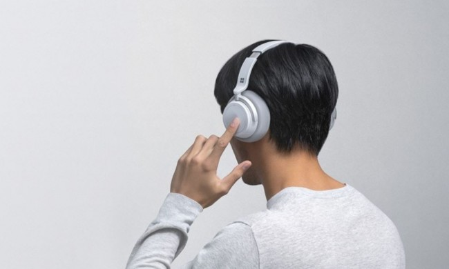 Inilah Microsoft Surface Headphones