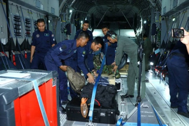 Malaysian Air Force Delivers Aid to Central Sulawesi