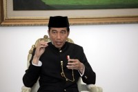 Jokowi Receives Palestinian FM at Merdeka Palace