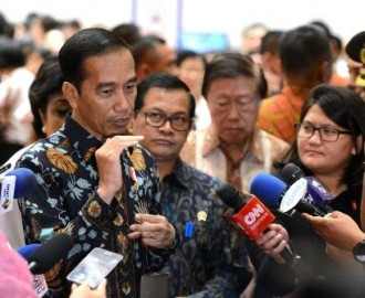 Jokowi Leads Cabinet Meeting on Our Ocean Conference