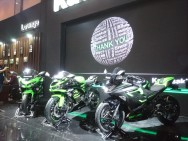 New Kawasaki Ninja 250 Dilengkapi Smart Key