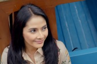 Zaenab Makin Galau di Si Doel The Movie 2