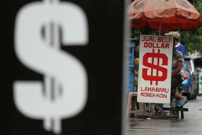 Dolar AS Hantam Poundsterling dan Euro