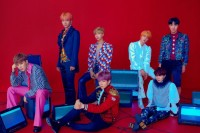BTS akan Rilis Buku Buku Perdana, The Notes 1