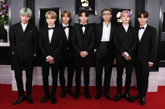 Penampilan Perdana BTS di Red Carpet Grammy Awards 2019