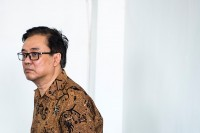 Billy Sindoro Membela Diri