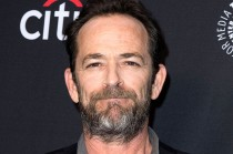 Bintang Beverly Hills 90210 Luke Perry Meninggal Dunia