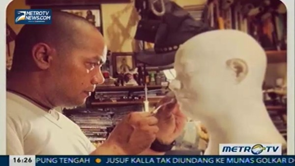 Tea Time With Desi Anwar: Intuisi Dalam Visual (3)