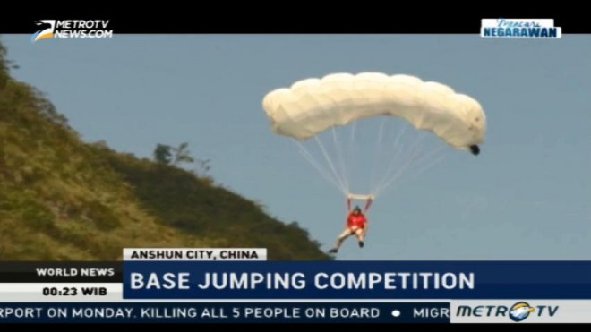 International Base Jumping Competition Held in China