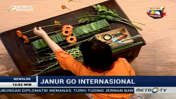 Janur <i>Go International</i> (2)