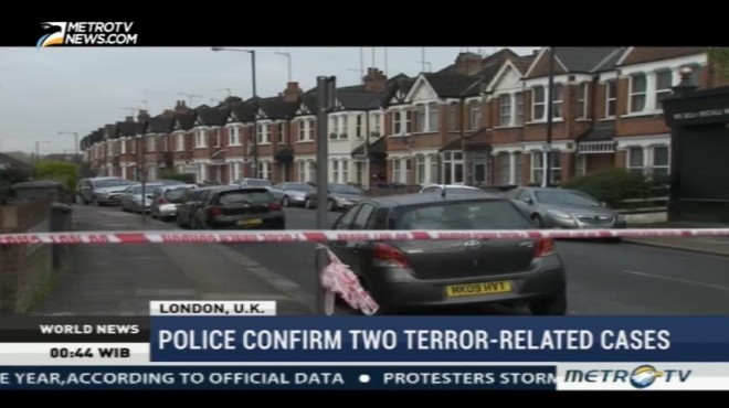 British Police Shoot Woman, Arrest Four Suspects in Counter-Terrorism Raids