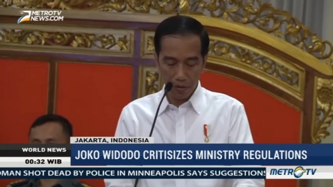 Joko Widodo Critisizes Ministry Regulations