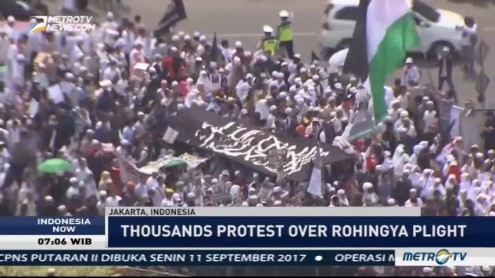 Thousands Hold Protest in Jakarta over Rohingya Plight