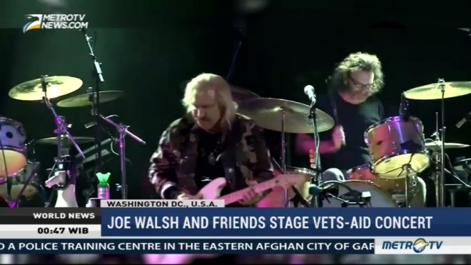 Joe Walsh and Friends Stage Vets-Aid Concert