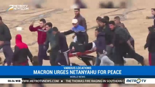 Macron Urges Netanyahu to Make Gestures For Peace