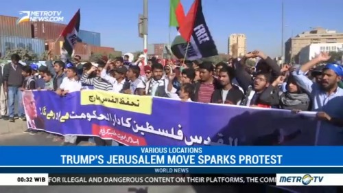 Trump's Jerusalem Move Sparks Protest Across Muslim World
