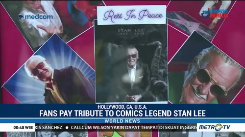 Fans Pay Tribute to Marvel Comics Legend Stan Lee